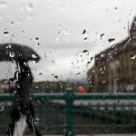 lluvia-mal-tiempo-paraguas-donostia-san-sebastian