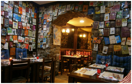 La plaza easo esa gran desconocida - Como decorar un pub ...