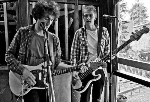 The-Lookers-ziburu-garage-punk