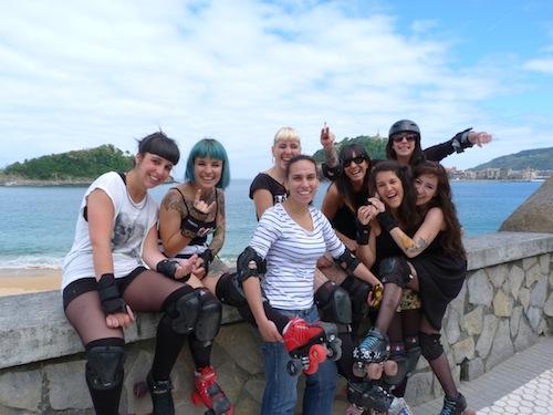 Encuentra Chicas Solteras en Donostia-San Sebastián con HombresalaCarta