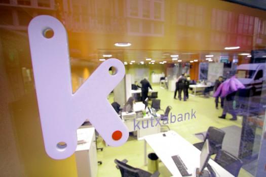 el-banco-mas-solvente-del-estado-al-aparato