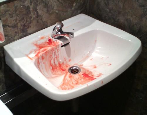 lavabo-sangriento