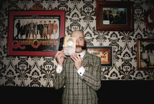 Iñigo-Art-Sherlock-Vinyland