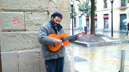 músico-callejero-donostia