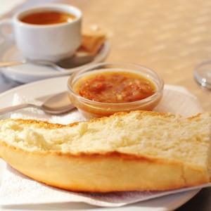 pan-con-tomate-aceite-desayuno