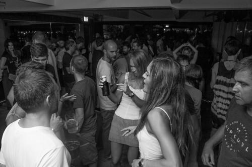 gu-discoteca-san-sebastián-público