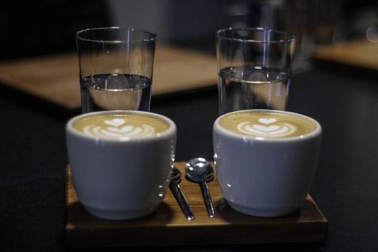 sakona-cafe-taza