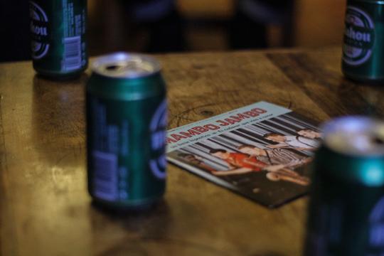 Cervezas y... ¡ maaaambo!