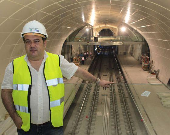 Ernesto Gasco, a tope con el metro