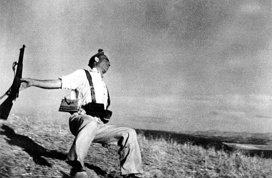 La foto que inmortalizó la Guerra Civil española (Robert Capa, Magnum)